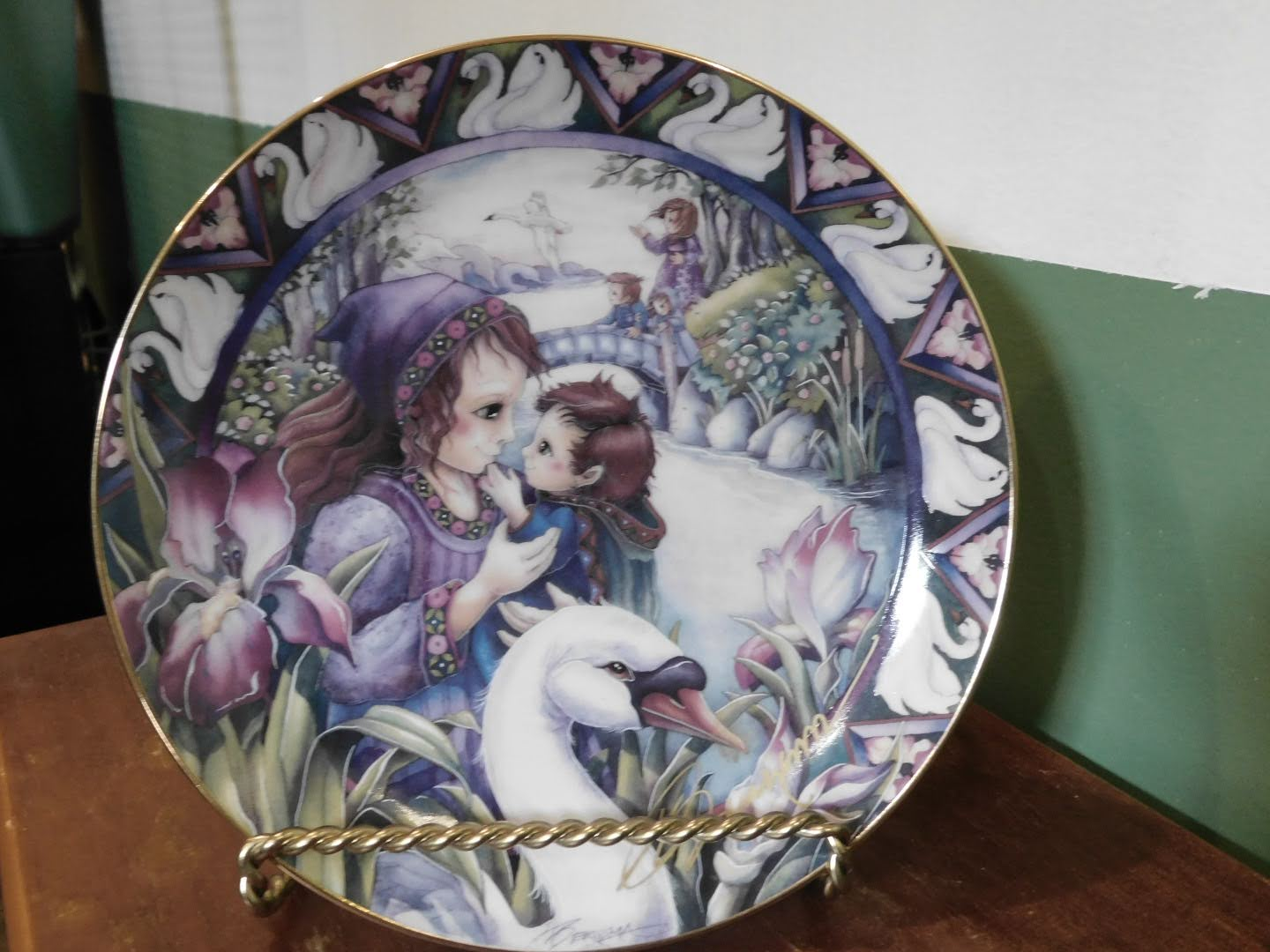Jody Bergsma Forever In My Heart collector plate